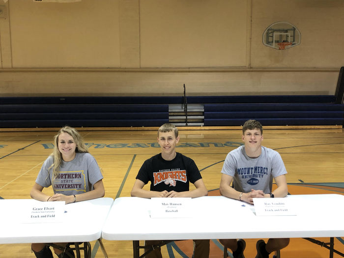 Seniors athletic and academic signing day