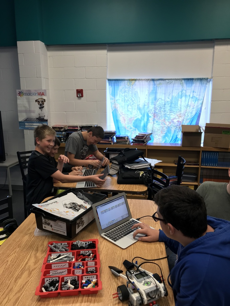 7th grade STEM robotics class